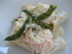 Pasta mazzancolle  e asparagi