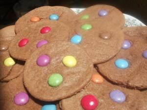 Presentazione biscotti con smarties