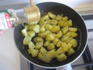 aggiungere origano alle patate