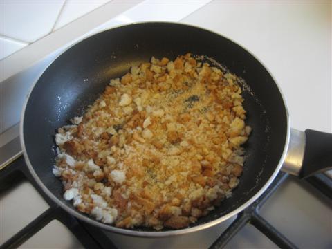 cuocere il pane con un cucchiaio di olio