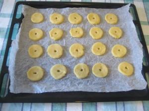 Cuocere in forno ventilato preriscladato per circa 15 minuti a 180°