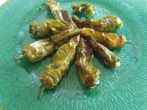 I Peperoncini verdi ripieni sono pronti