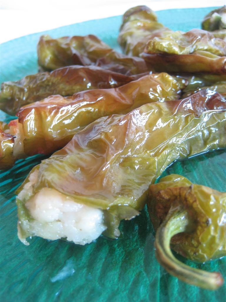 Presentazione peperoncini verdi ripieni
