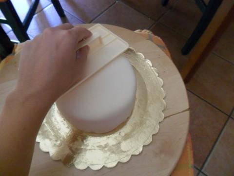fate aderire bene la pdz alla torta