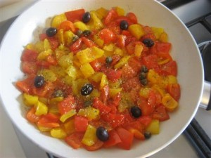 aggiungere olive,origano e capperi