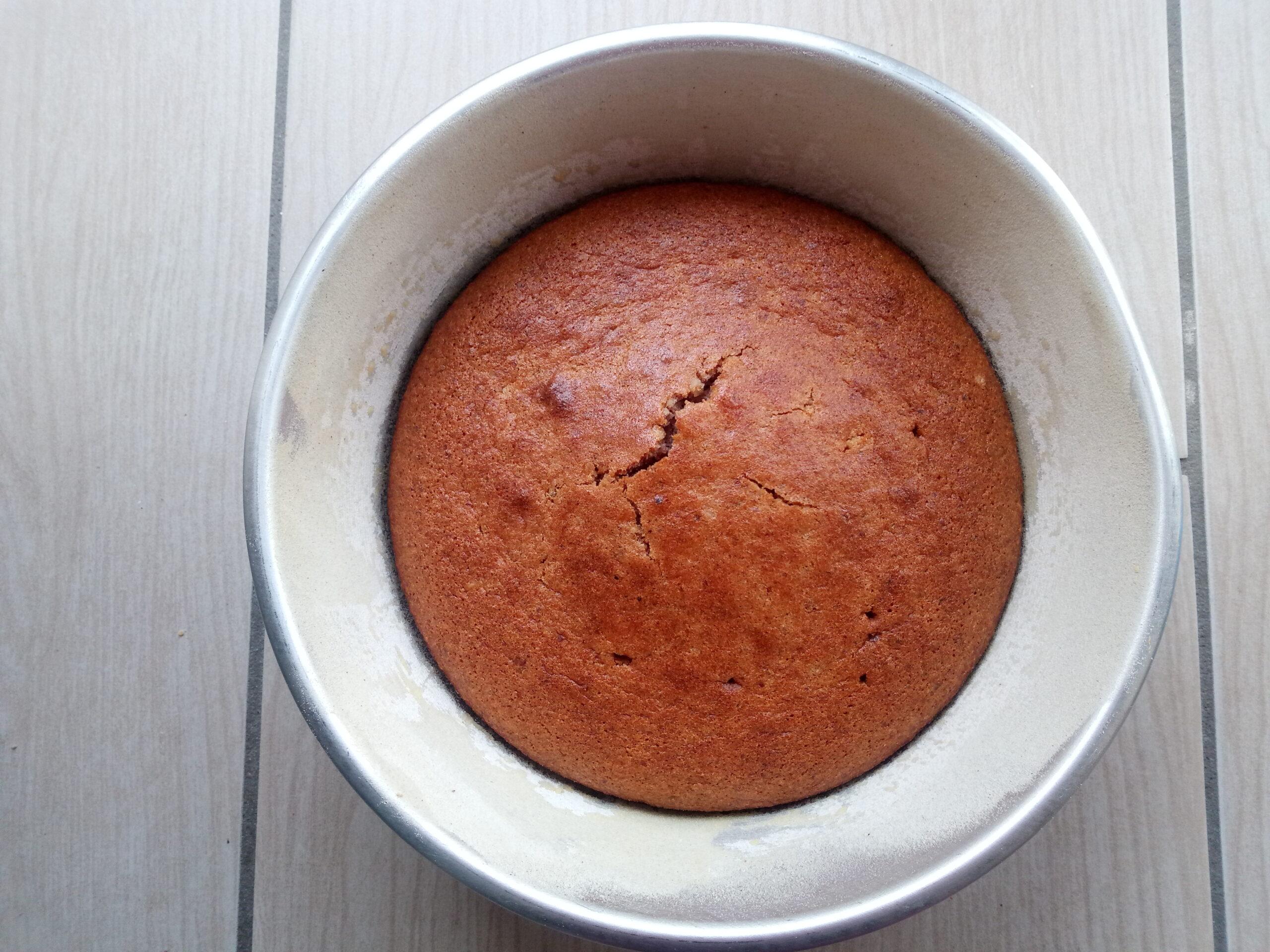 Torta di noci con farina di farro integrale