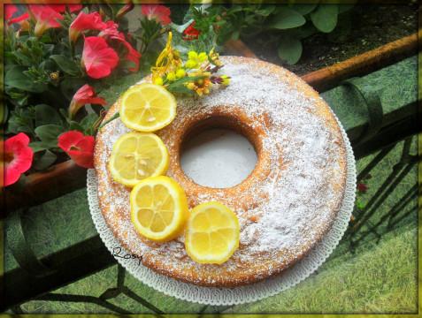 Ecco la nostra ciambella al limone pronta!