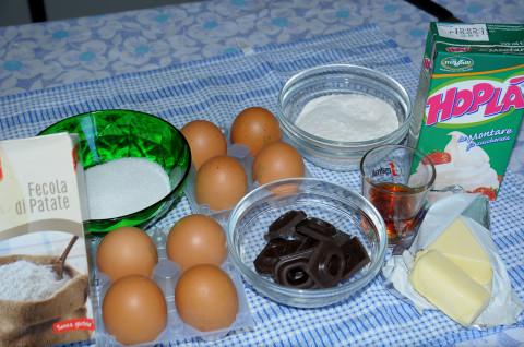 Ingredienti della Torta gelato con crema allo zabaione