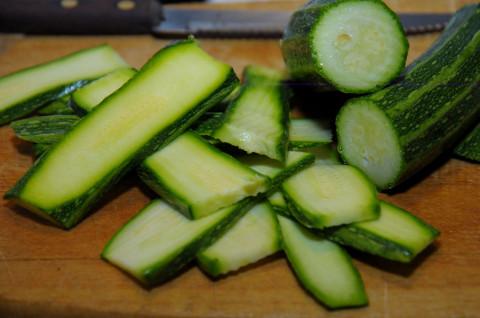 Affettate le zucchine