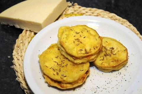 melanzane in pastella con provolone piccante