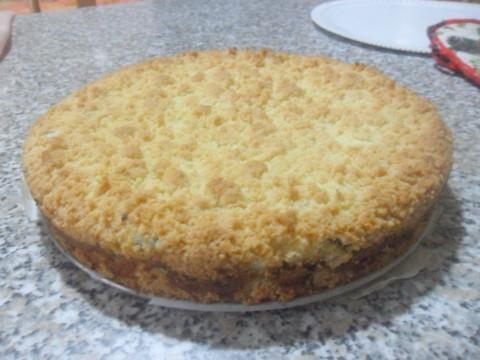 Lasciare raffreddare e porre la torta su un vassoio